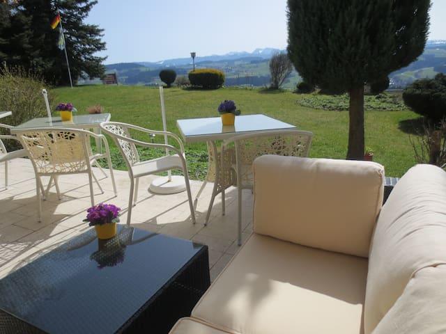 Alpenblick   Gästehaus und Pension