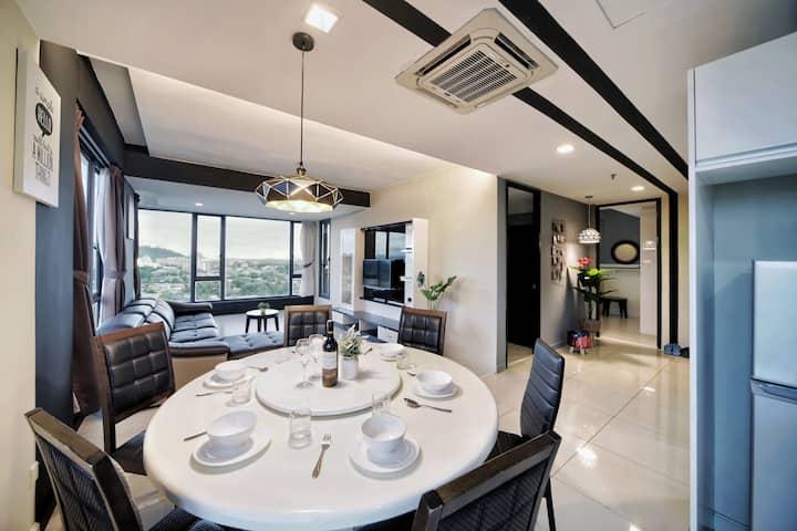 Cozy Living Corner view@Skysuite kk city# 温馨感觉
