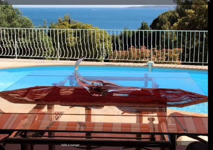 Villa provençale avec vue mer
