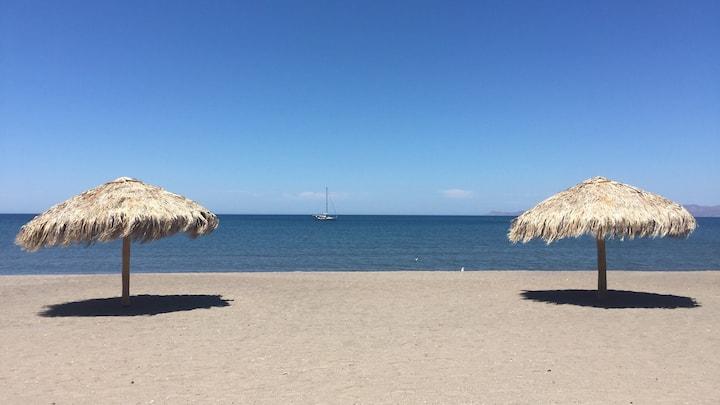 Beautiful casa by the beach & pools in Loreto Bay