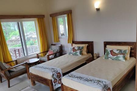 Executive stay with FREE Breakfast & Dinner, Tehri