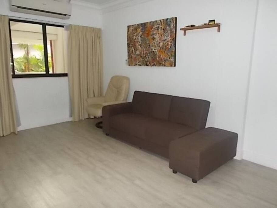Simple 2 bedroom in orchard road apartments for rent in singapore singapore for 2 bedroom apartment for rent in singapore