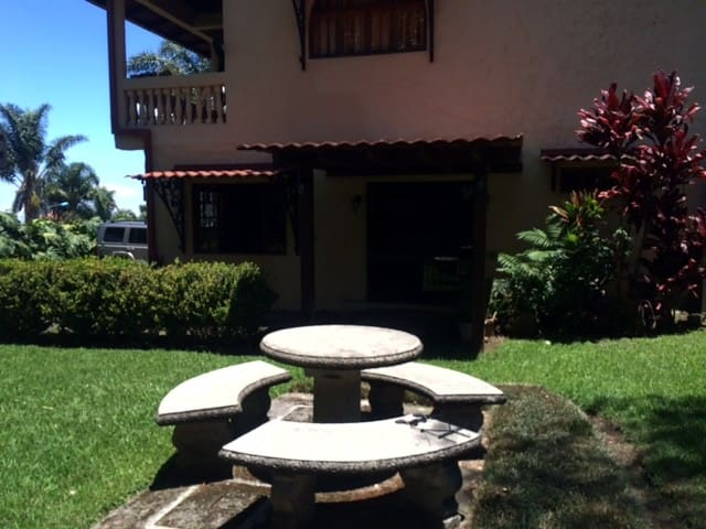 Ave del Paraiso apartment - Heredia - Appartement