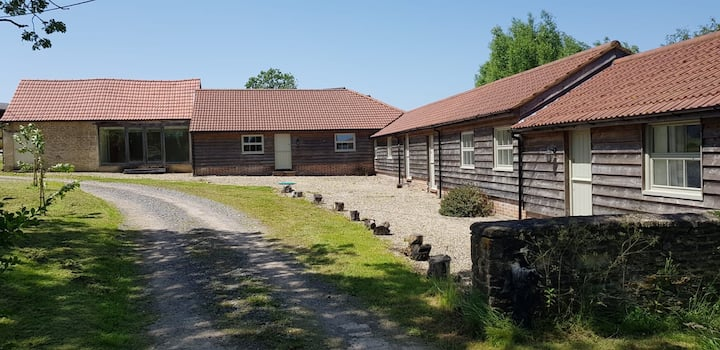 Wishing Well Cottage countryside retreat near Bath