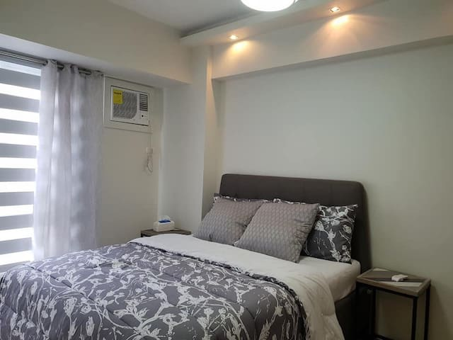 BGC Fully Furnished 1 bdr