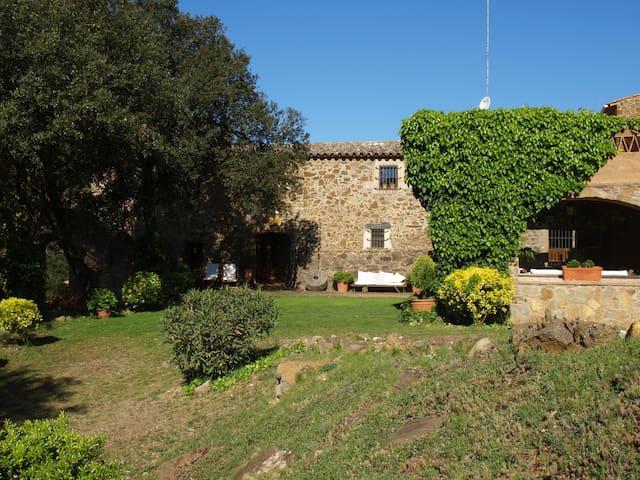 Apart. en Masía S.XIX (Costa Brava) - Mont-ras - Villa