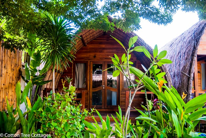 Deluxe Cottage 01 @ Cotton Tree Cottages