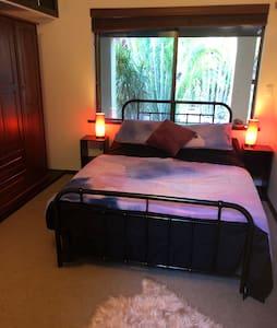 BROOME Semi Resort Style Bedrooms (1)