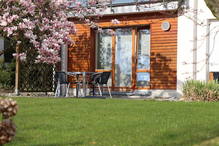 Ferienwohnung mit schönem Garten