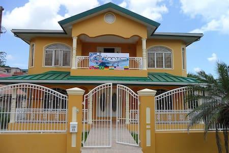 Guest House de Primera en Trinidad H1 - San Fernando