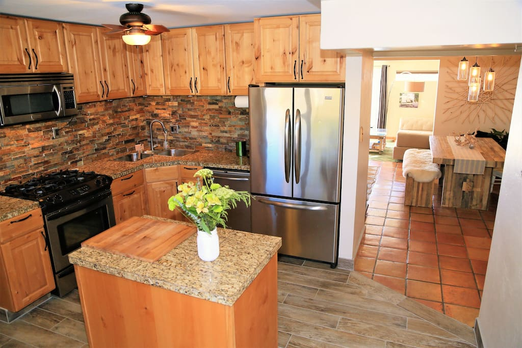 Entertaining kitchen fully equipped with everything you need (ie pots, plans, dishes, silverware, spices etc)