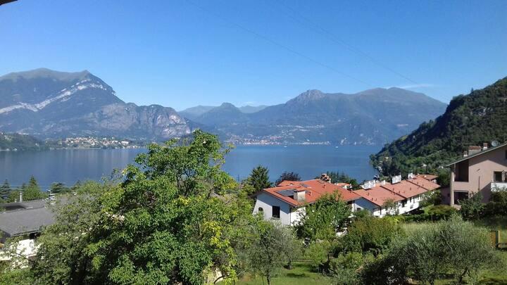 Balcony Lake View *TERRACE WiFi AirCo PARKING*