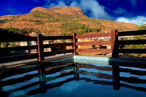 4BR Roof top pool villa - Lonavala