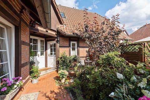Casa vacanze pittoresca a Kritzmow con giardino