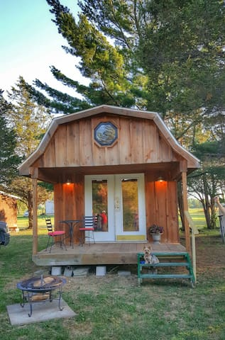 Charming Private Cabin-(Glamping) - Redwood - Casa de campo