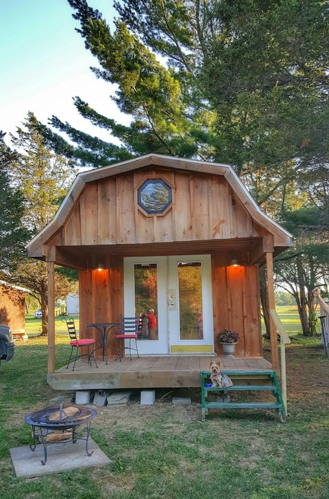 Charming Private Cabin-(Glamping)