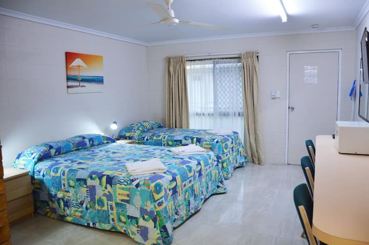 Standard Self-Contained Twin Share Room