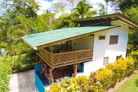 Passion Fruit Lodge Casa Mora