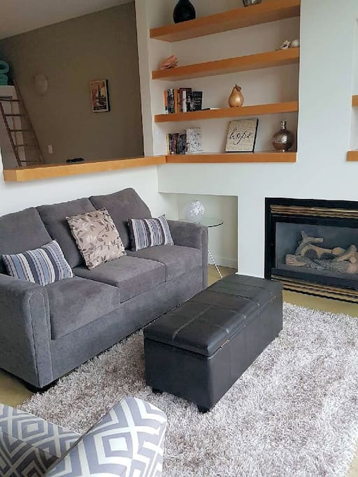 Comfy living room and gas fireplace