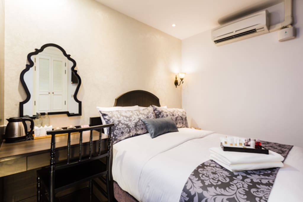 SUPERIOR QUEEN BED Approx. Room Size : 14.50sqm. Maximum Adults : 2 Adults Our Superior rooms feature comfortable beds filled with useful amenities and also continuously maintained to stylish decorated to accommodate a maximum of 2 people.