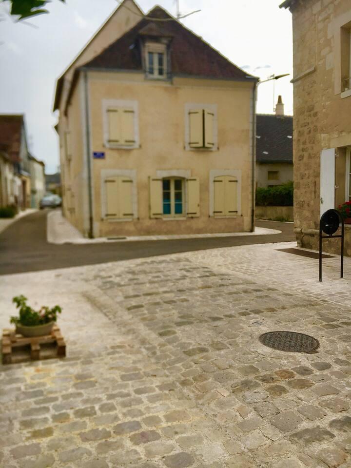 Studio meublé centre-ville Châtillon