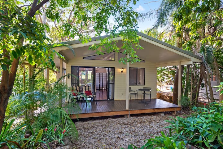 The Sanctuary ~ Self-Contained Studio ~ Bardon