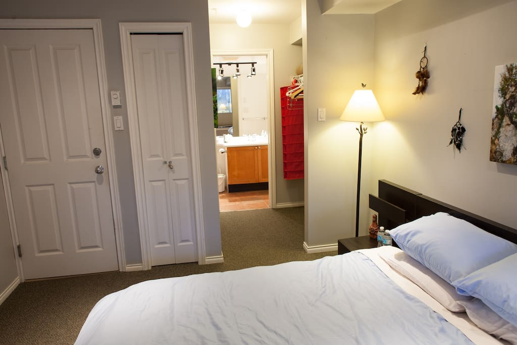Comfy Queen-size bed and ensuite washroom.