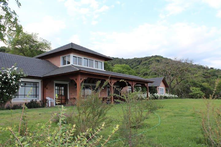 CASA GRANDE en San Lorenzo, Salta