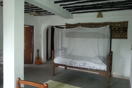 Single Bed - Zanzibar - Bed & Breakfast