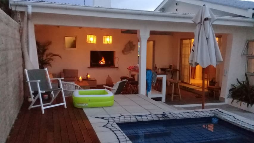 2 Palms Beach House