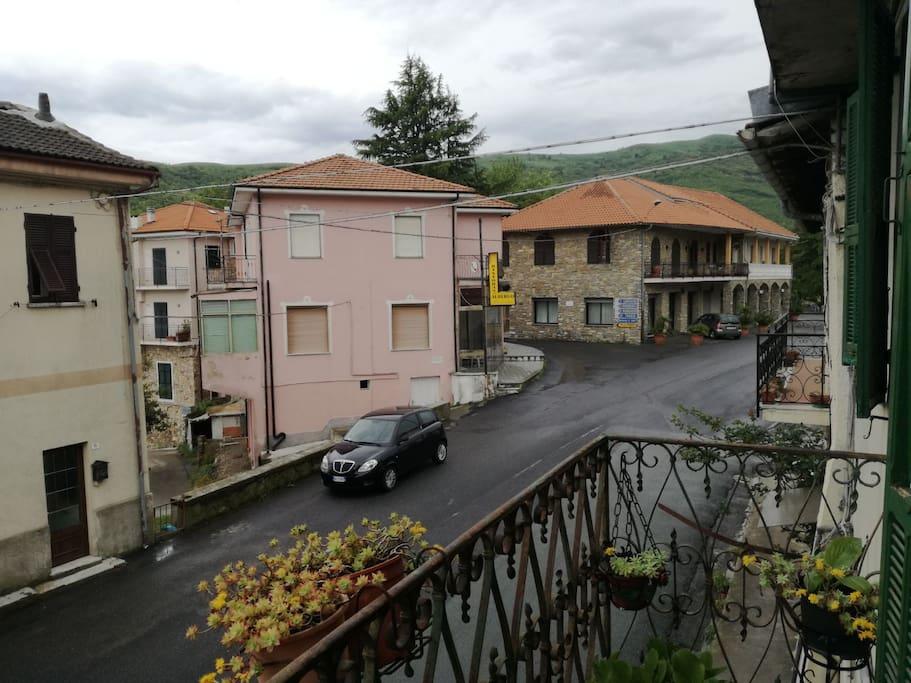 Vom Balkon mit Blick auf Restaurant