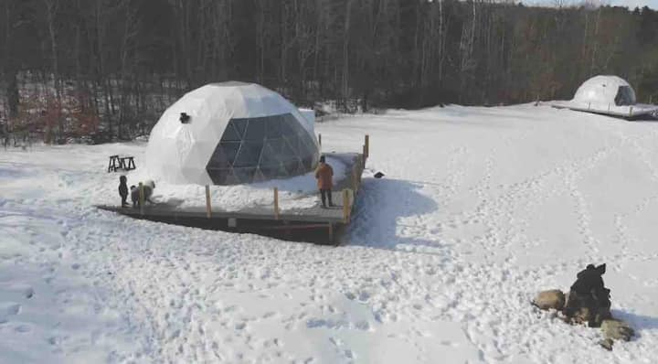 Come Spring Farm Glamping with lake access