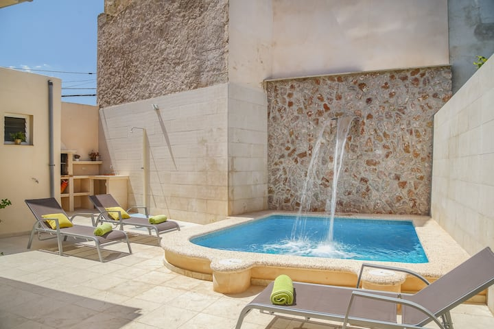 NEW! Ribot: Typical Majorcan house, pool in Ariany