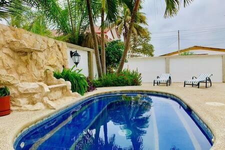Hermosa Casa Rústica de playa