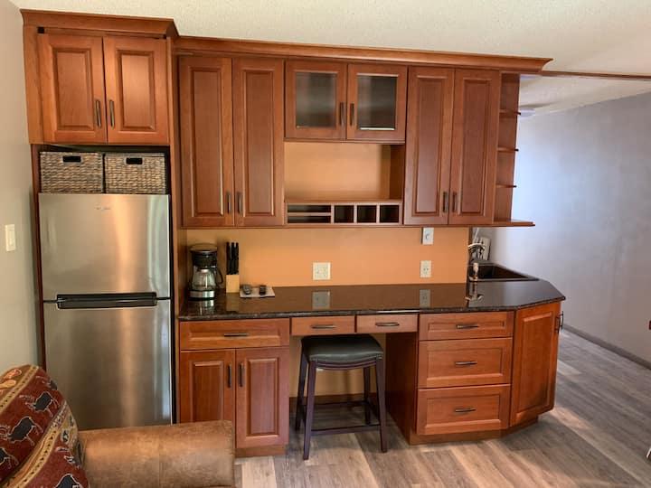 Modern & cozy 1-bedroom condo in Sugarbush
