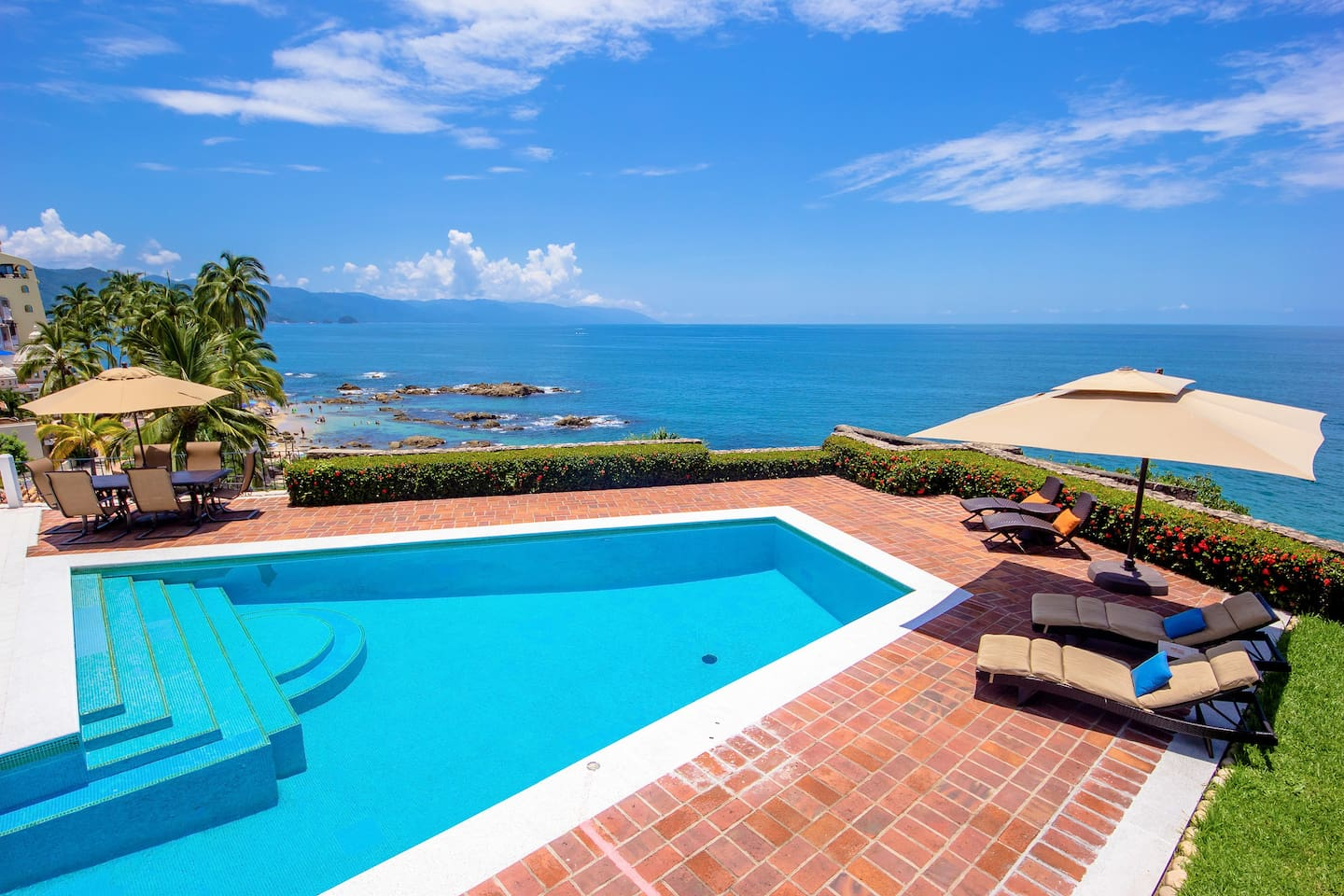 Private pool - oceanfront