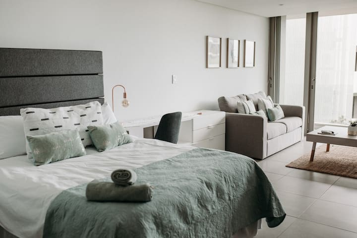 220 Oceandune Luxury Studio with Seaview