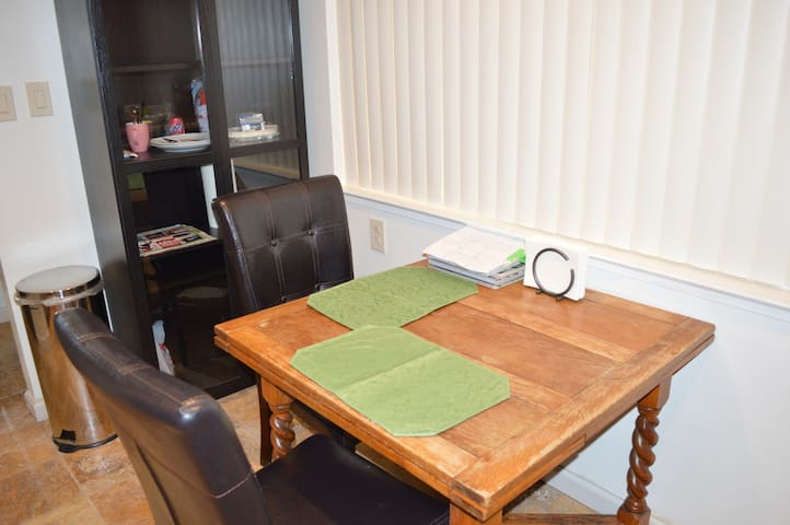 Close to San LeandroBART/Downtown#1 - San Leandro - Appartement
