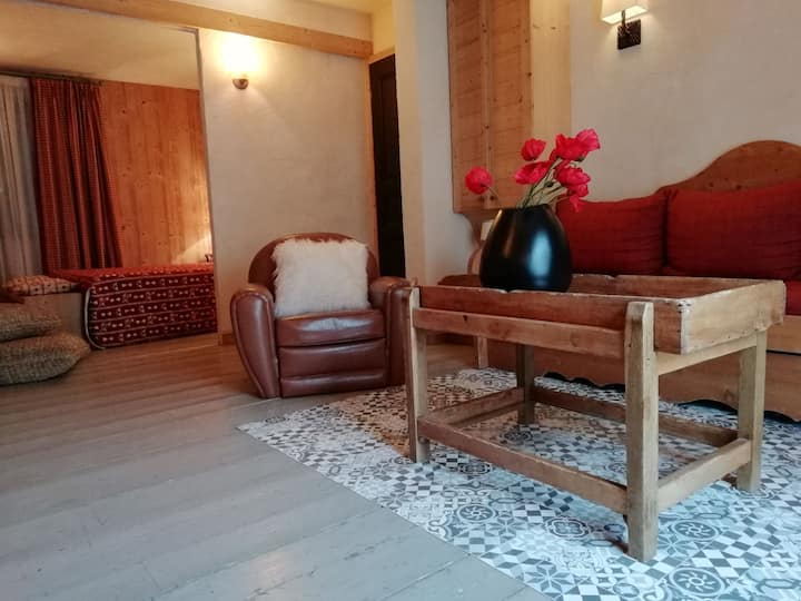 Cosy 1 bedroom apartment with a large terrace