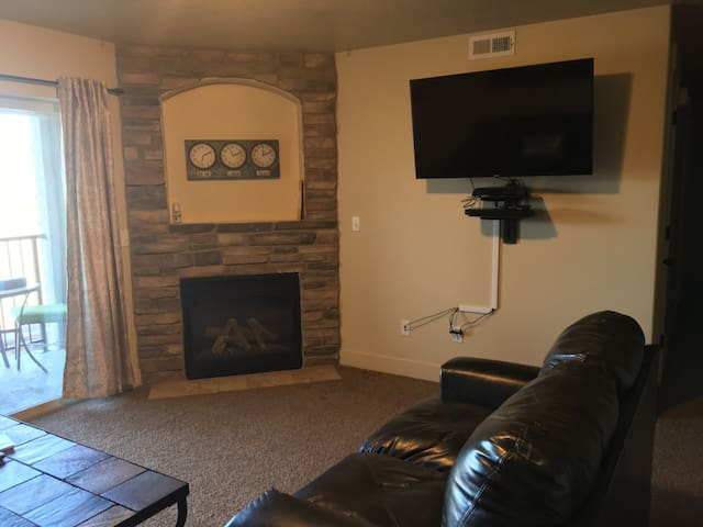 Clean and comfortable 3B/2b condo in Payson - Payson - 公寓