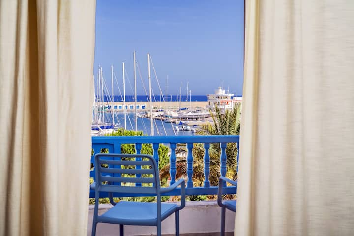 """LES DEUX RIVES"" Apartment in Marina Hammamet"