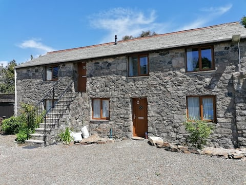 Central Cornwall,  Asterisk Cottage, 2 bed flat