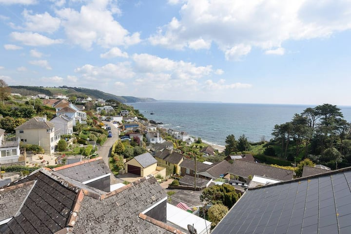 superb sea view 1 Bedroom apartment looe Plaidy