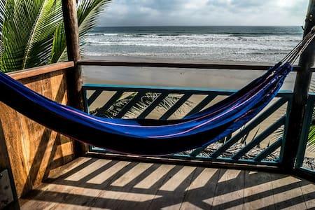 Cuna Luna/OceanView Private Double Room w/Balcony - Olon - 小木屋