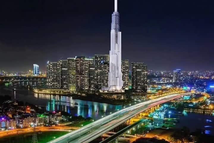 L81 Luxurious Apartment on 38F in LANDMARK 81