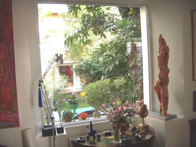 Une ou deux chambres sur jardin - Vanves - House