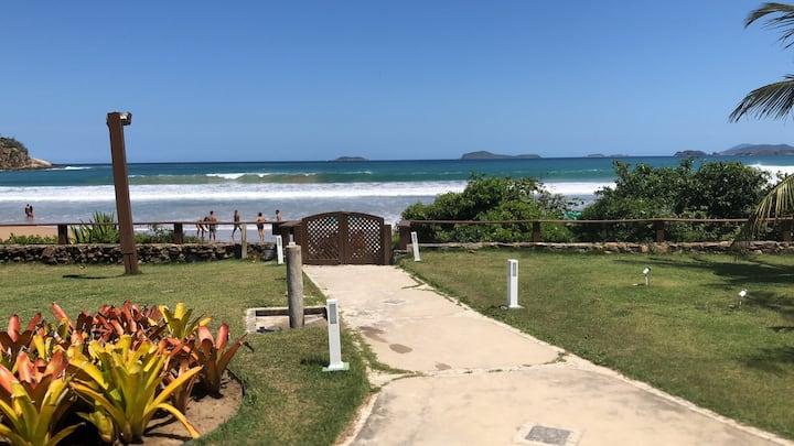 Casa Espetacular na areia da Praia de Geribá
