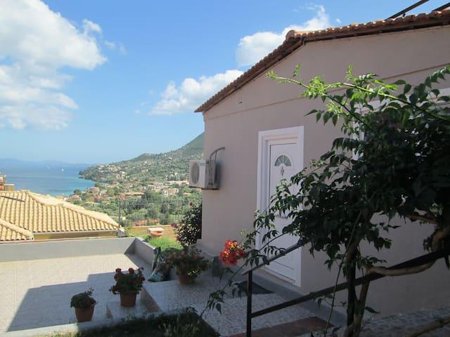 Nikiana Fotis Guest House