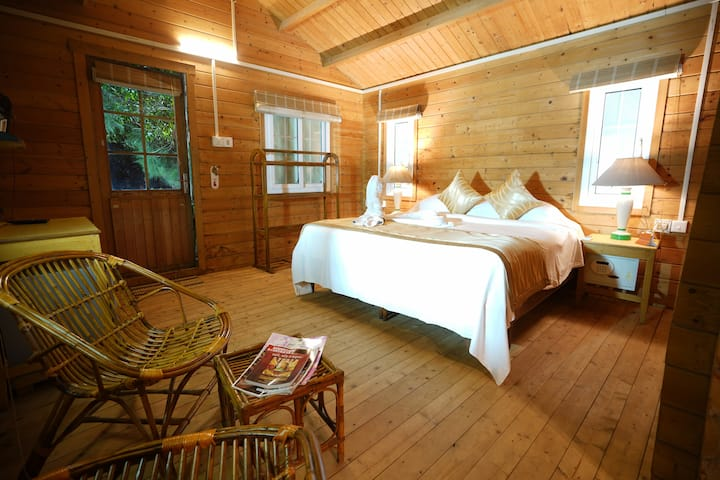 Wooden Villa - Sea Facing Resort, Konark