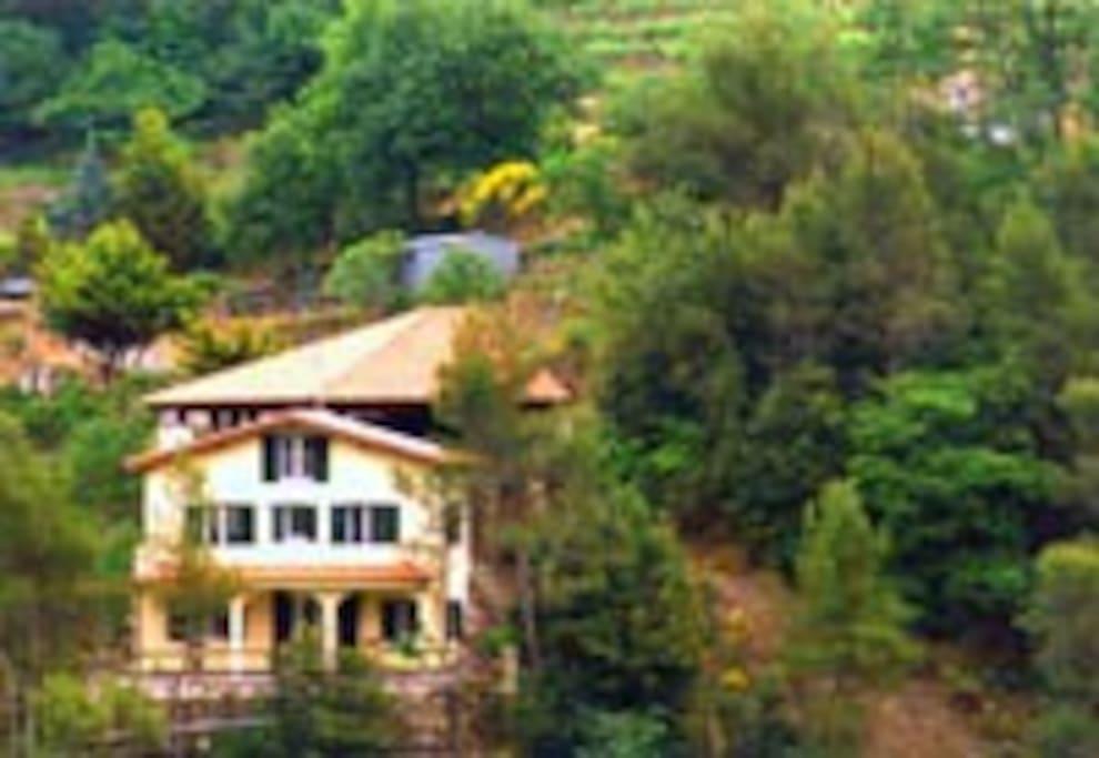 Villa mit Artemis Apartment 1OG